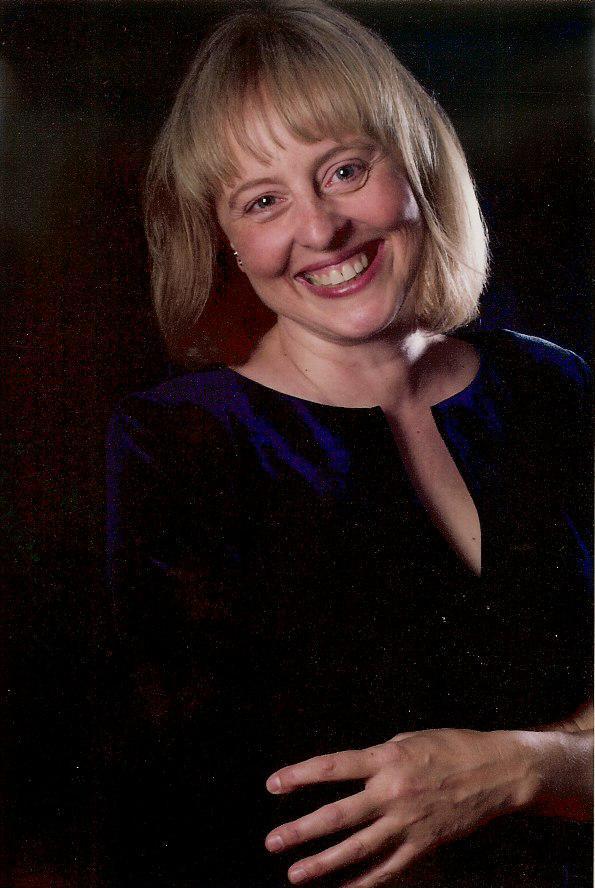 Dr. Ariane Alexander